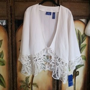 H.h. collectibles nwt lace jacket